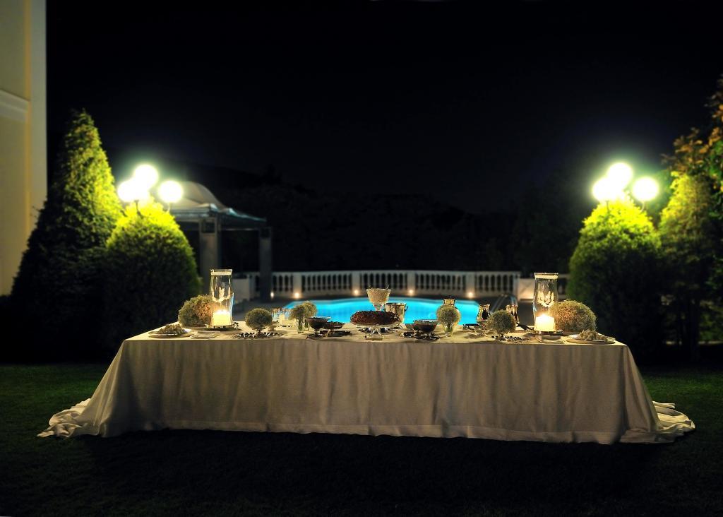 E&J Athens wedding - Image 11